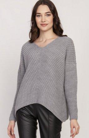 Oversize'owy sweter o asymetrycznym kroju szary SWE124