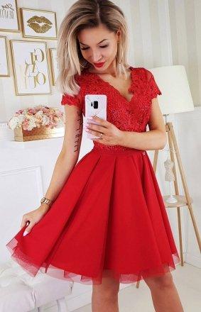 Czerwona koronkowa sukienka z tiulem 2180