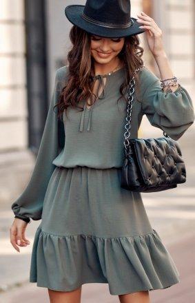 Modna sukienka khaki z falbaną 0305