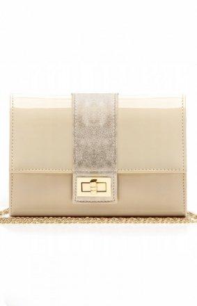 Elegancka lakierowana kopertówka beżowa M2