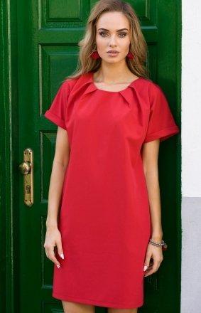 Czerwona sukienka z ozdobnym dekoltem M337