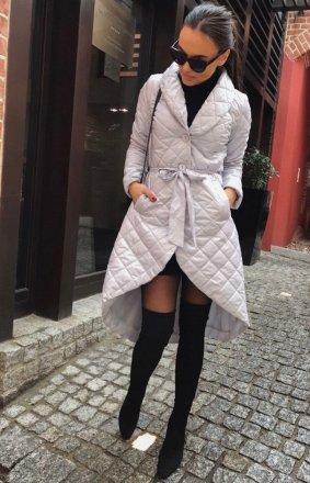 Pikowany asymetryczny płaszcz damski szary
