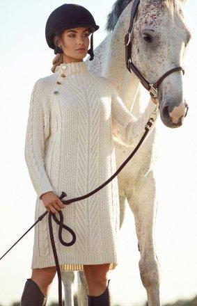 Sweterkowa sukienka ecru M635