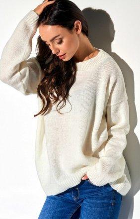 Oversizowy sweter ecru LS275