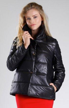 Czarna pikowana kurtka NA082LP