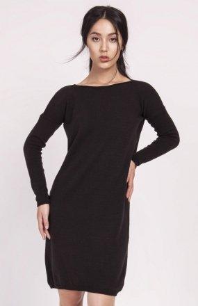 Dzianinowa sukienka czarna SWE122