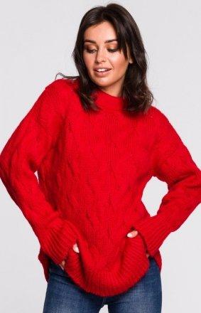 Ciepły swetr z warkoczowym splotem czerwony BK038/6