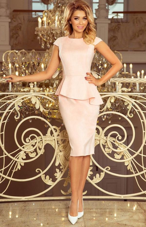 Ołówkowa sukiena z baskinką Numoco 192-8 pastelowy róż-1