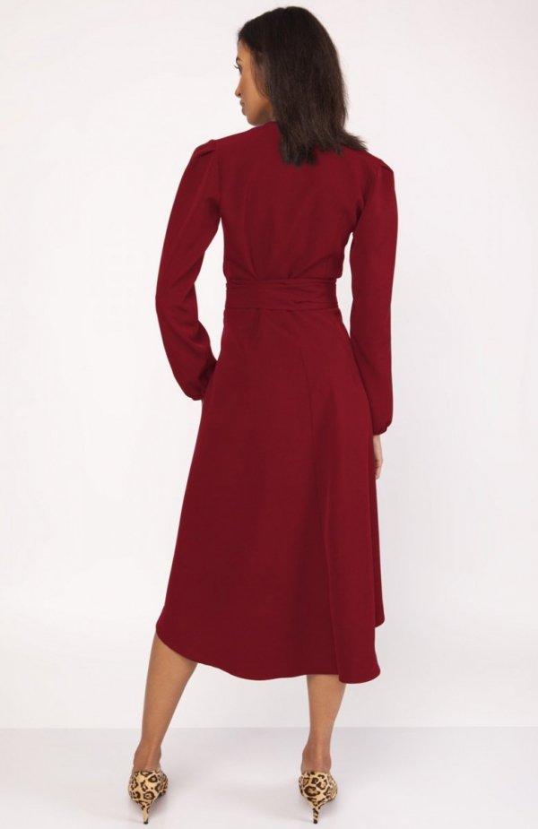 Asymetryczna, kopertowa sukienka bordowa SUK160 tył