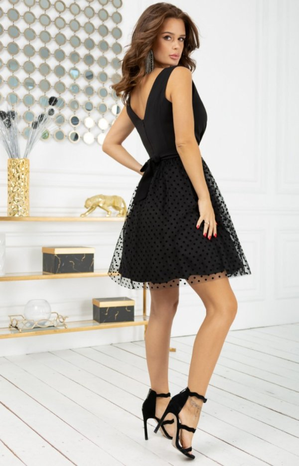 Rozkloszowana sukienka w groszki czarna 2217-06 tył
