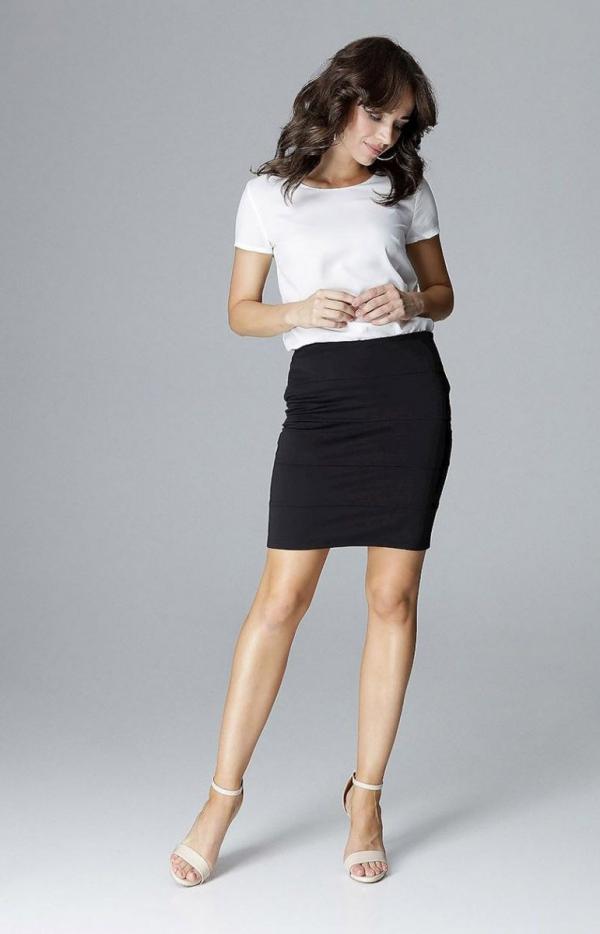 Dopasowana mini spódnica czarna L014-1