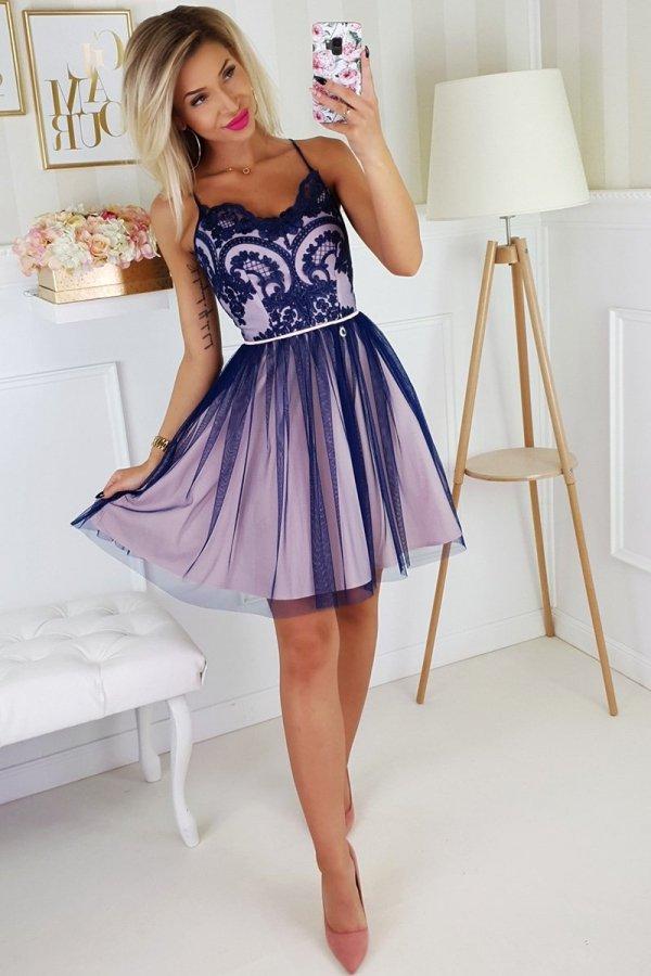 Koronkowa sukienka z tiulowym dołem 2186-11-1
