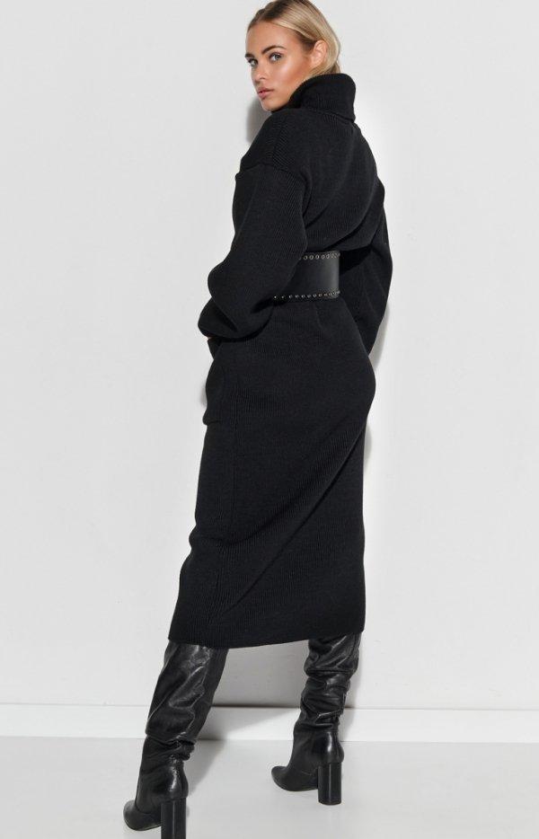 Dzianinowa długa sukienka z golfem czarna S105 tył