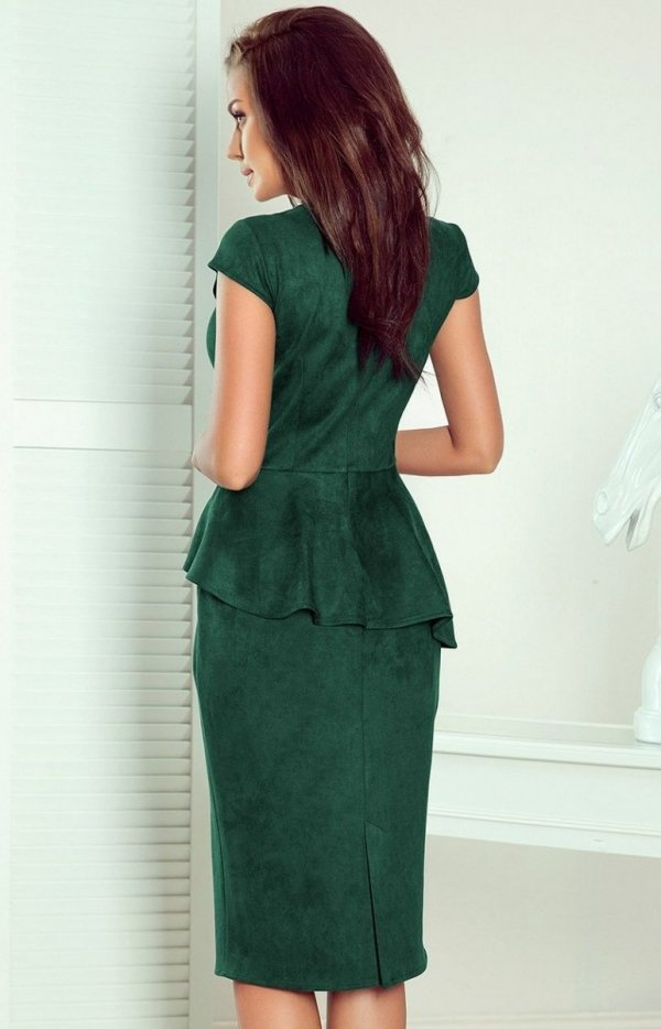 Ołówkowa sukiena z baskinką Numoco 192-10 butelkowa tył