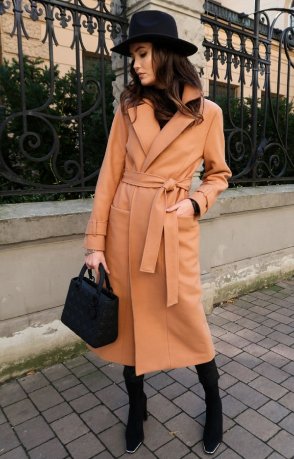 Długi płaszcz z wiązaniem karmelowy 0017-1