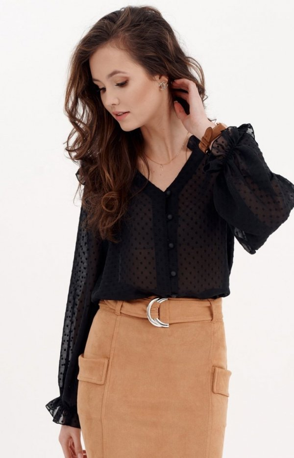 Delikatna czarna bluzka z falbankami 0058