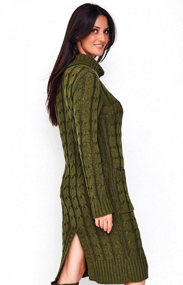 Sweterkowa sukienka z golfem khaki S68 tył