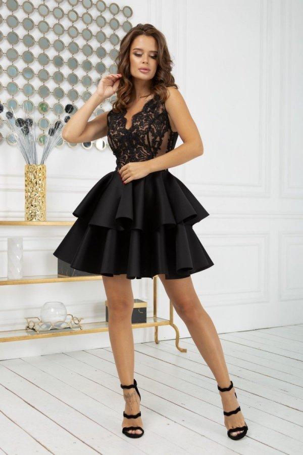 Rozkloszowana sukienka z pianką czarna 2122-16-1