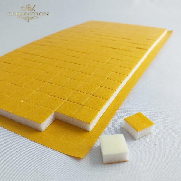 Taśma samoprzylepna dwustronna pianka 3D kwadrat w rozmiarze 10mm x 10mm i wysokości 5mm (200 szt. kwadracików na arkuszu)