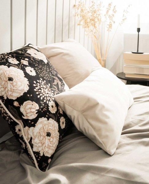 Beżowa poduszka dekoracyjna Kwiaty 45x45