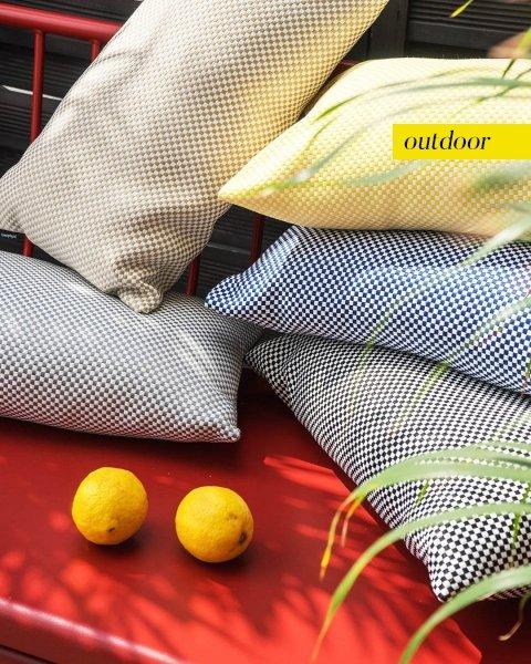 Szara poduszka ogrodowa Lizbona 50x30