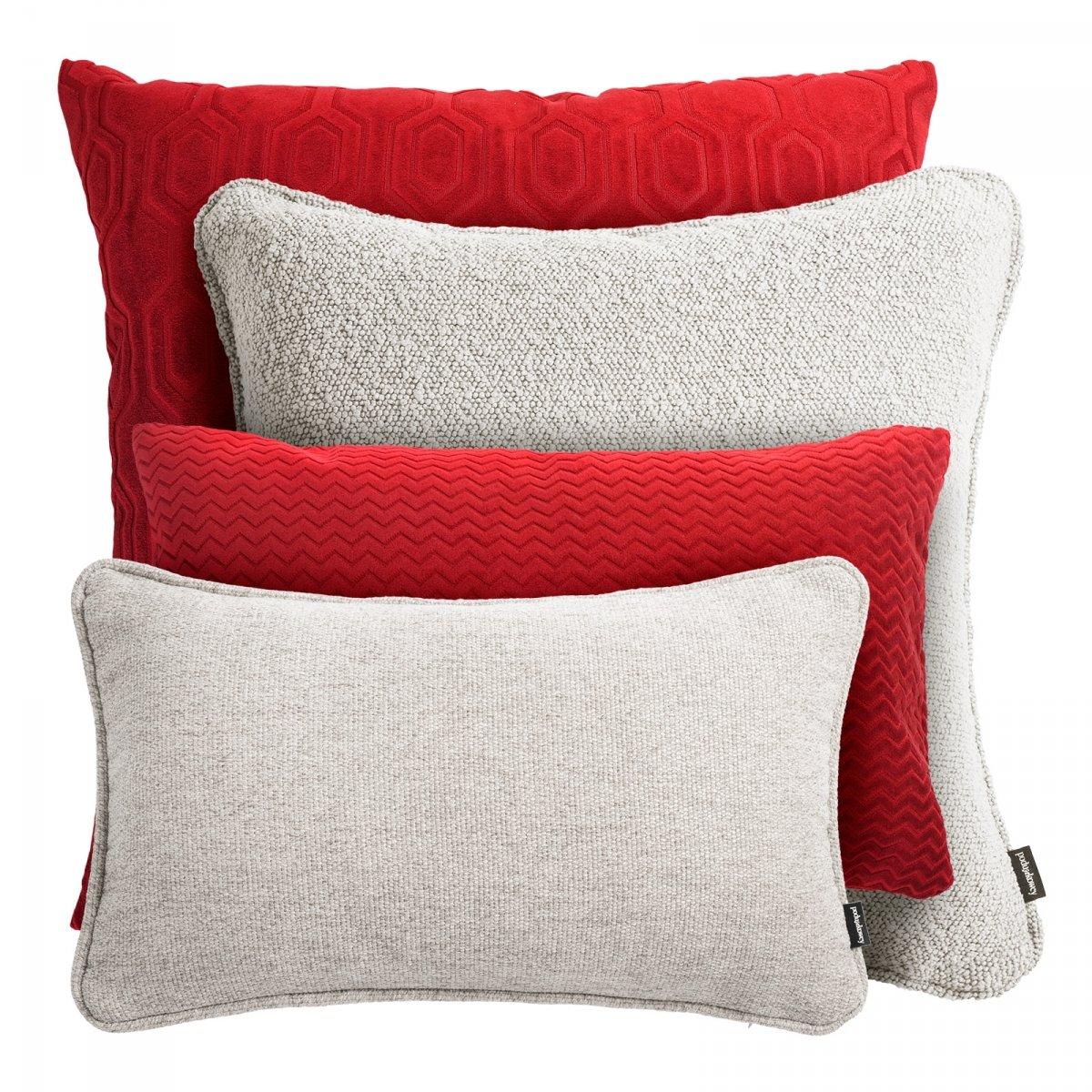 Czerwono kremowy zestaw poduszek dekoracyjnych