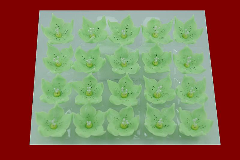 Lilijka pistacjowa - dekoracja cukrowa 20 szt.