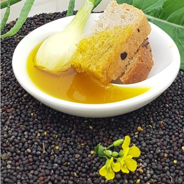 Olej świąteczny roztoczański 200 ml  bity tradycyjnie - propozycja podania.