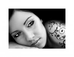 Piękna Kobieta - tatuaż - reprodukcja