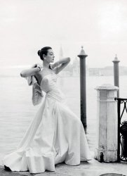 Suknia ślubna - reprodukcja