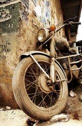 Stary motocykl - fototapeta 115x175 cm