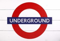 Obraz na drewnie - London Underground Sign