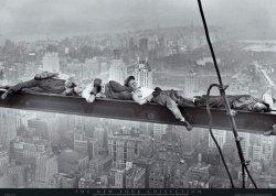 Plakat ścienny - New York (śpiący robotnicy) - 91,5x61 cm