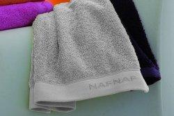 Ręcznik NAF NAF 70x140 cm Casual silver