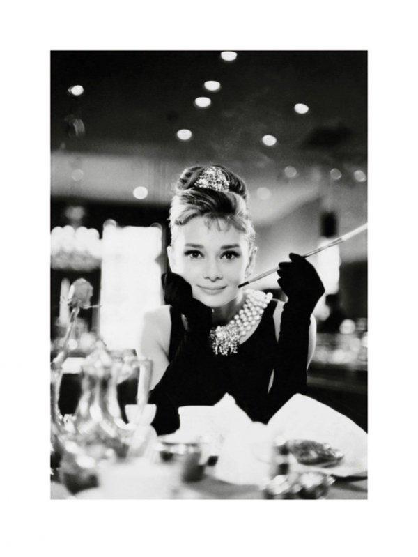 Audrey Hepburn (Breakfast At Tiffany's B&W) - reprodukcja