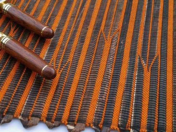 Podkładka na stół - Pomarańczowo brązowa - Z abaki - 33x48cm