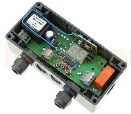 Odbiornik 1-kanałowy RERI 1 na 100 miejsc w pamięci z zintegrowaną anteną (1 wyjście przkaźnikowe do wyboru: impuls, włącz/wyłącz, 3 min. światło)