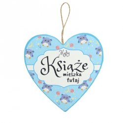 Drewniana tabliczka w kształcie serca z napisem Mały Książę...