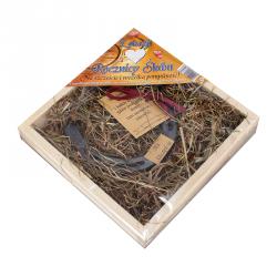 Drewniana kasetka z metalową podkową 'Z OKAZJI ROCZNICY ŚLUBU'